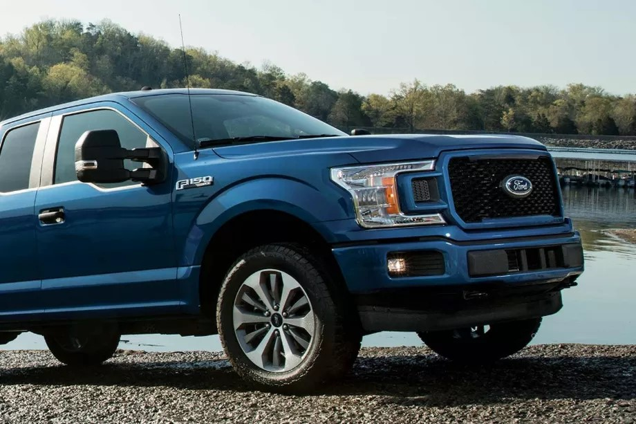 Ford plans to make an electric version of its best-selling F-150 pickup truck.